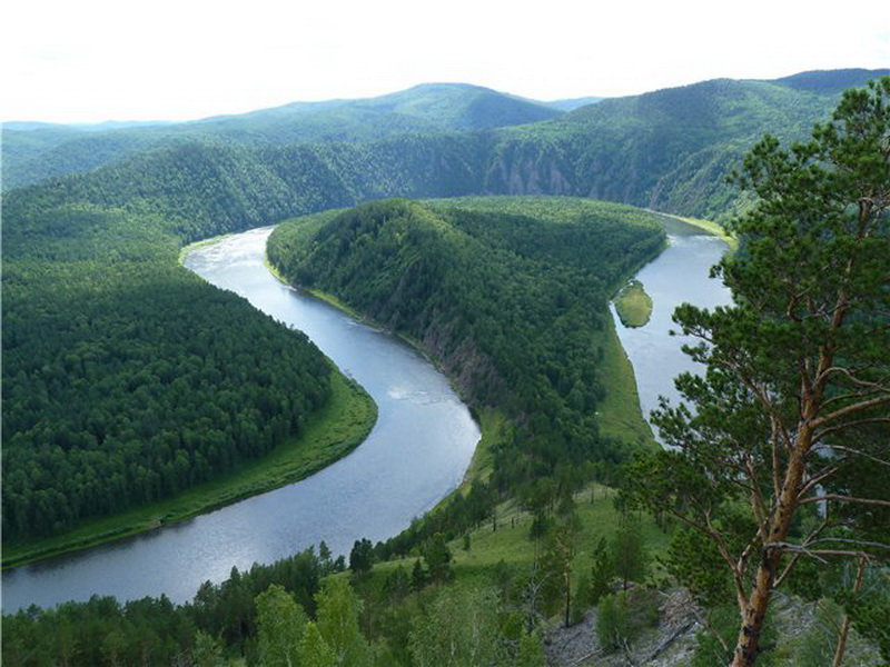 круизы по реке Енисей